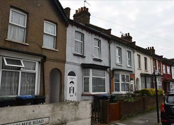 3 bed property to rent in Woolmer Road, London N18