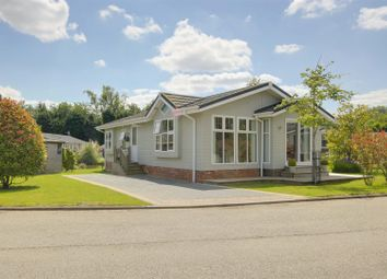 Thumbnail 2 bedroom mobile/park home for sale in Willow Park, Calverton, Nottinghamshire