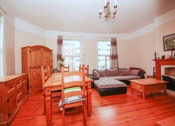 Thumbnail 2 bed flat for sale in Penge Lane, London