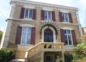 Thumbnail 5 bed detached house for sale in Aquitaine, Dordogne, Bergerac
