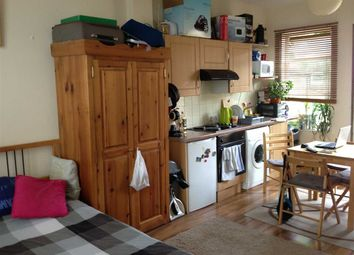 Thumbnail Studio to rent in The Mews, Turnpike Lane