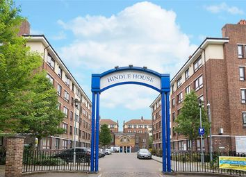 Thumbnail 2 bed flat for sale in Arcola Street, London