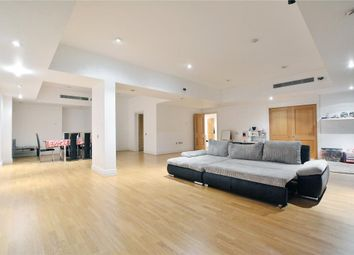 Thumbnail 3 bedroom flat for sale in Sheldon Square, London