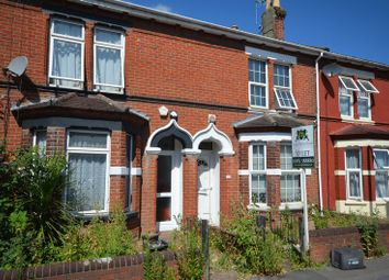 Thumbnail 1 bed flat to rent in Desborough Road, Eastleigh
