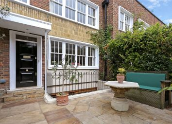 Thumbnail 5 bed property for sale in Caroline Place, London
