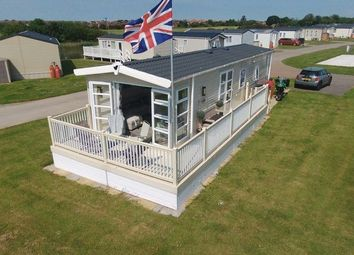 Thumbnail 2 bed mobile/park home for sale in South Cliff, Hornsea