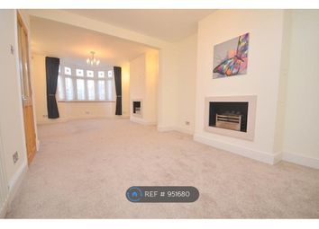 3 bed semi-detached house to rent in Wennington Road, Rainham RM13