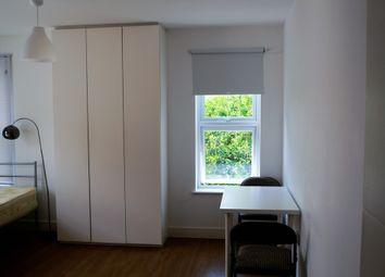 Thumbnail Studio to rent in Nant Road, London