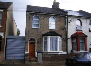 Thumbnail 5 bed terraced house to rent in Denzil Road, Willesden, London