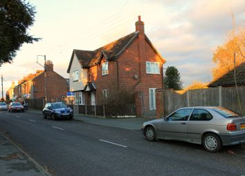 Thumbnail 5 bedroom detached house to rent in Rectory Road, Wivenhoe, Colchester