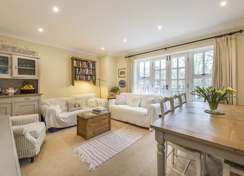 Thumbnail 2 bed flat to rent in Parkchurch House, Grosvenor Avenue, London