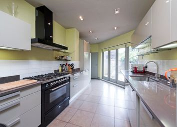 Thumbnail 4 bed detached house to rent in Byfeld Gardens, London