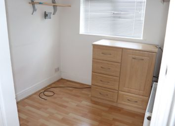 4 bed terraced house to rent in Irvine Avenue, Kenton HA3