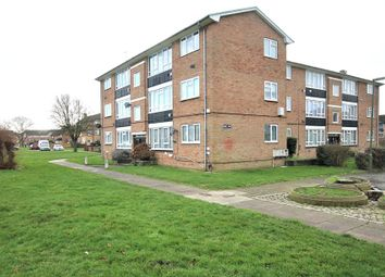 1 bed flat for sale in Heron Court, Hadrian Way, Staines-Upon-Thames, Surrey TW19