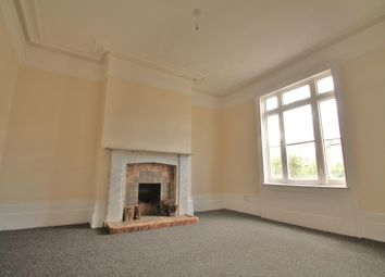 Thumbnail 2 bedroom flat for sale in Darnley Road, Gravesend