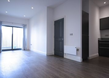 Thumbnail 1 bedroom flat to rent in The Lindens, Pontcanna, Cardiff