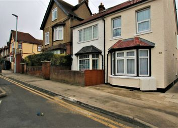 Thumbnail 3 bed flat to rent in Ledgers Road, Slough, Berkshire