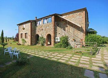 Thumbnail 7 bed farmhouse for sale in Citta' Della Pieve, Città Della Pieve, Perugia, Umbria, Italy