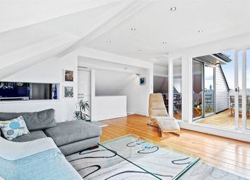 Thumbnail 4 bed flat to rent in Ranelagh Road, London