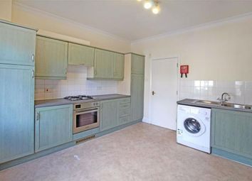 3 bed maisonette to rent in North Street, Clapham, London SW4