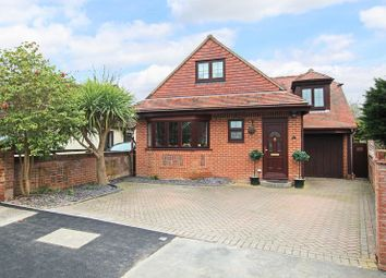 4 bed property for sale in Lackford Avenue, Totton, Southampton SO40