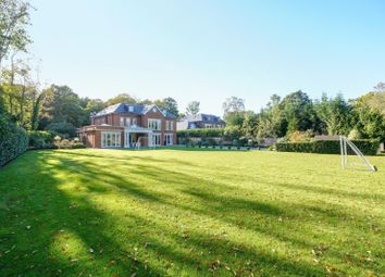Thumbnail 6 bed detached house for sale in Broadwater Close, Burwood Park, Hersham, Walton-On-Thames