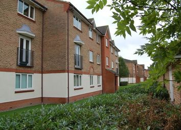 2 bed flat to rent in Lindisfarne Gardens, Maidstone ME16