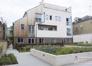 Thumbnail 2 bedroom flat to rent in Mile End Road, Stepney Green, London