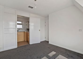 1 bed flat to rent in Griffin Close, London NW10