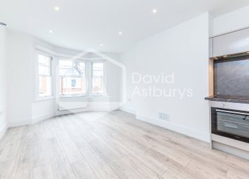 Thumbnail 1 bed flat to rent in Hatherley Gardens, Crouch End, London