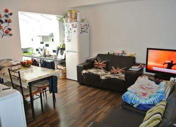 2 bed maisonette to rent in Westview Close, Neasden NW10