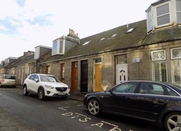 Thumbnail 2 bedroom flat to rent in Victoria Street, Dunfermline