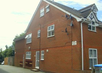 Thumbnail 1 bedroom flat to rent in Millbrook Road East, Southampton