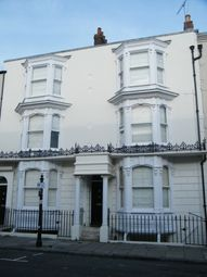 3 bed flat to rent in Oxford Street, Southampton SO14
