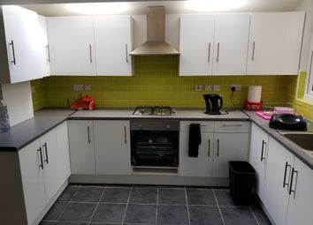 Thumbnail 3 bed flat to rent in Keogh Road, London