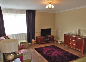 Thumbnail 1 bedroom flat for sale in Hind Grove, London