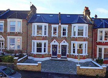 5 bed property for sale in Heathwood Gardens, London SE7