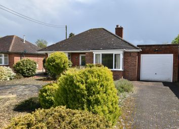 Thumbnail Detached bungalow for sale in Firs End, Burghfield Common, Reading