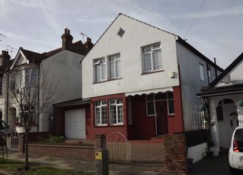 Thumbnail 1 bed detached house to rent in Fairmead Avenue, Westcliff On Sea