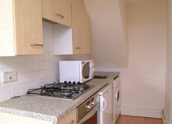 Thumbnail 1 bed flat to rent in New North Road, Islington
