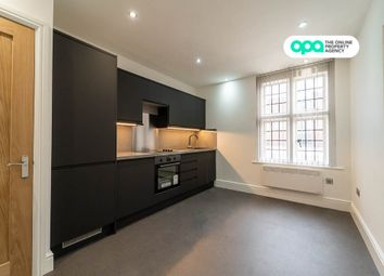 2 Bedroom Apartment - Market Street, West Midlands, Stourbridge DY8. 2 bed flat for sale