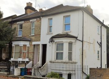 5 bed end terrace house for sale in Windmill Road, Brentford TW8