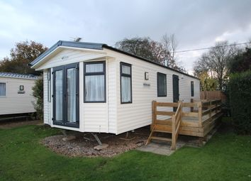 Thumbnail 2 bedroom mobile/park home for sale in Little Lakeland Caravan Park, Wortwell, Harleston