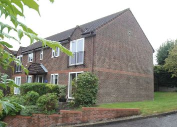 Thumbnail 1 bed flat to rent in Castleview Gardens, High Wycombe