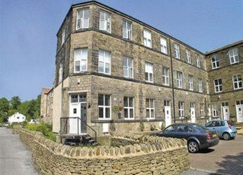 Thumbnail 4 bed town house to rent in Springhead Road, Oakworth, Keighley