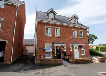 Thumbnail 3 bedroom town house for sale in Llwyn Teg, Fforestfach