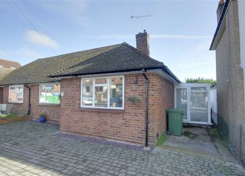 Thumbnail 2 bed bungalow for sale in Meadowbank, Alexandra Road, Kings Langley