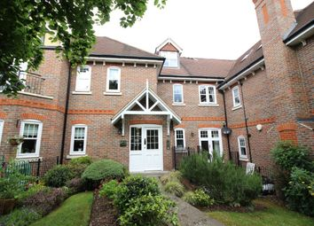 Thumbnail 2 bed flat to rent in Bennetts Field, Bushey