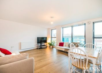 Thumbnail 2 bed flat to rent in Queensgate, Redhill