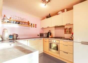 Thumbnail 3 bed town house for sale in Kennet Street, London